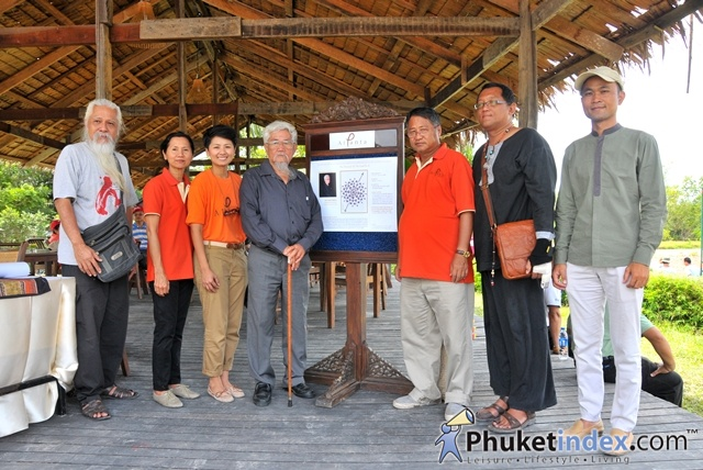 "Artists and volunteers participate in ""The Chronicle Of The Land No.8"" @ At Panta Phuket"