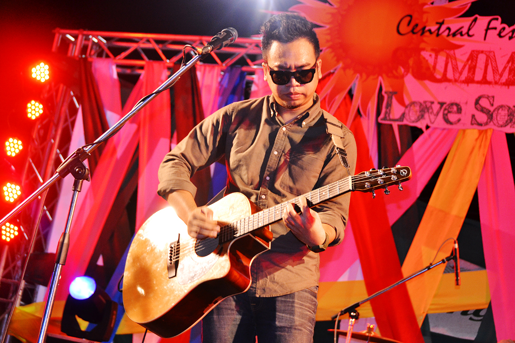 Summer Fest Love Song Concert 2013 (Day 2) @ Central Festival Phuket