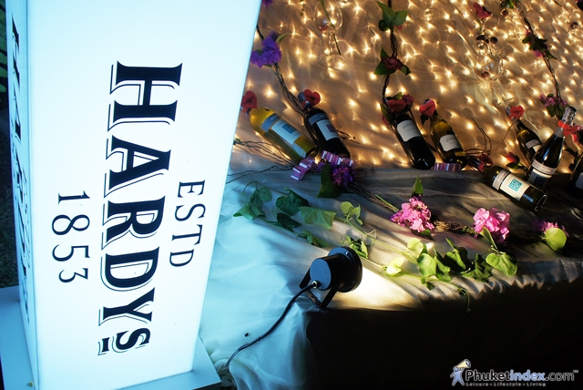 Thavorn Palm Beach Resort hosts Hardy's Cocktail Wine Party