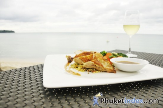 Casuarina Beach Restaurant & Pub @ Dusit Thani Laguna