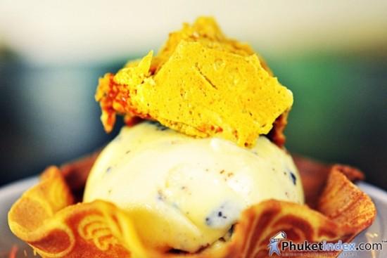 Doppio Cafe' & Bakery @ Renaissance Phuket Resort & Spa