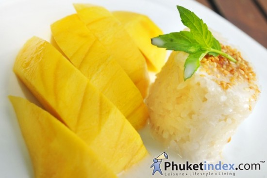 Magnificent Mangoes at Kan Eang@pier