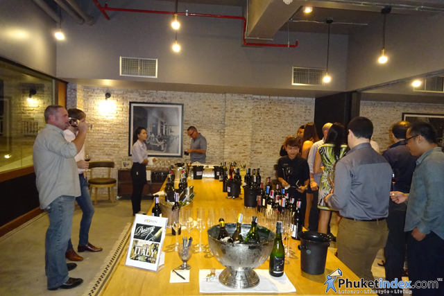 01IWS Wine Road Show 2015 at Metzo Bistro Outrigger Laguna Phuket Beach Resort