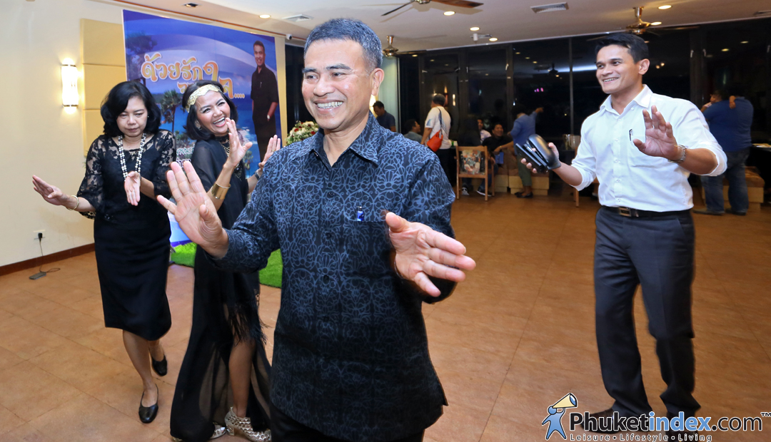 Thank you party by Phuket Governor