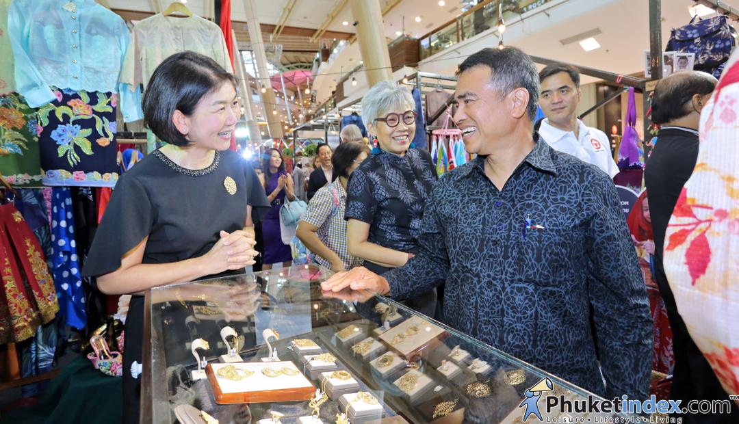 Batik Design Week 2017 at central Festival Phuket