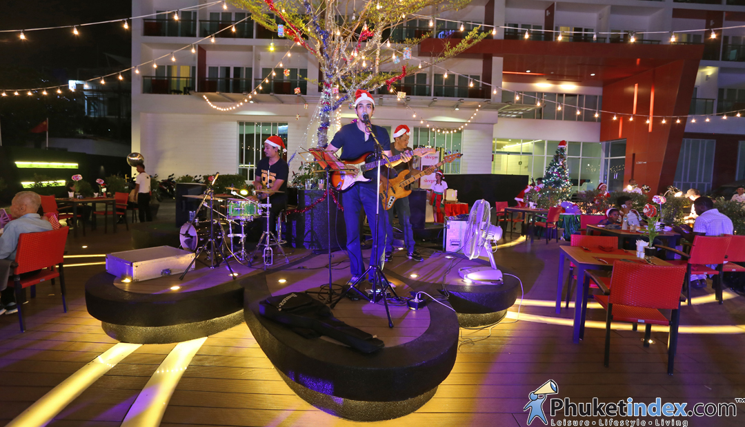 Celebrate X'Mas Eve at SLEEP WITH ME HOTEL design hotel @ patong